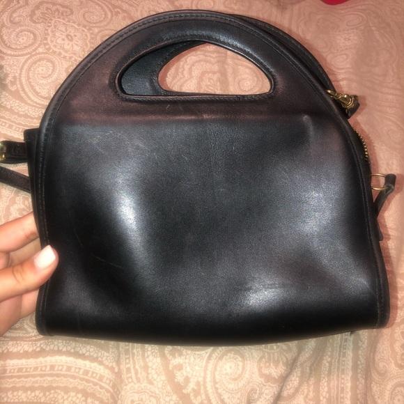 Coach Handbags - Vintage coach crossbody bag